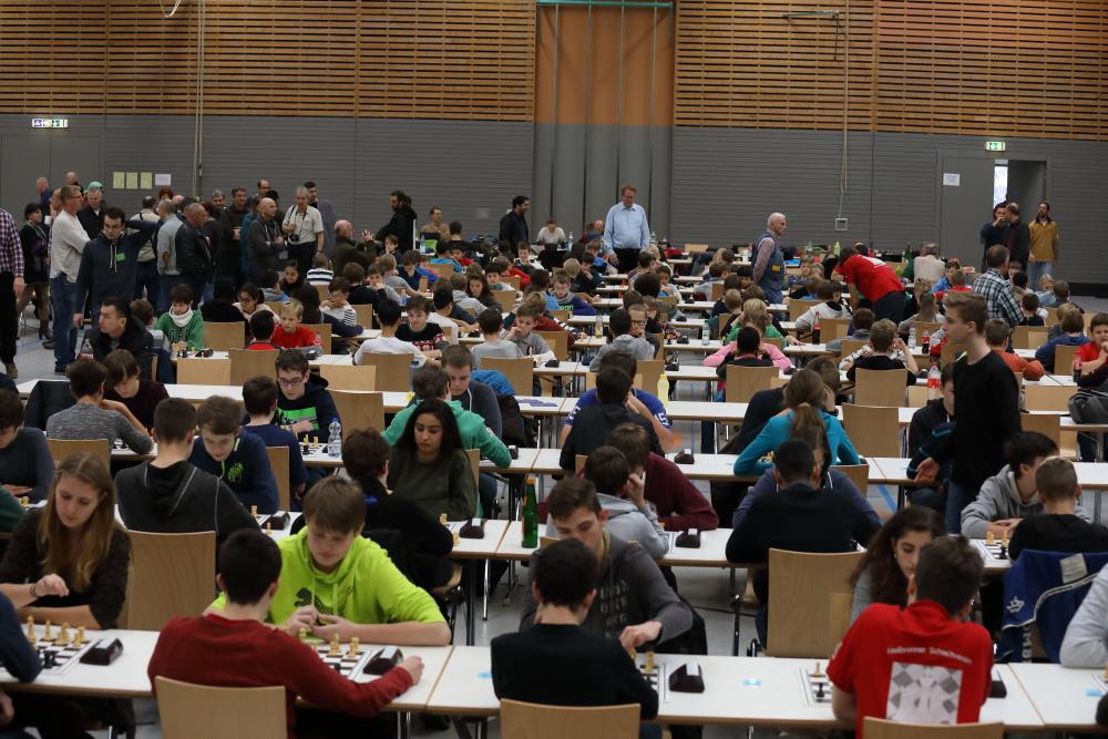 Blick in den Turniersaal des 19. Heilbronner Nikolaus-Jugendopens